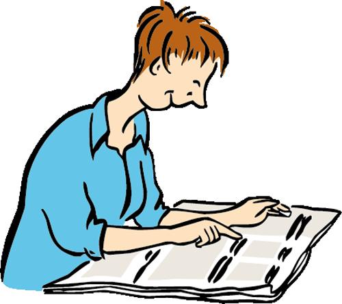Eine Frau liest eine Zeitung